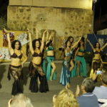 Bailando en la velada andalusi de Santa Fe de Mondujar