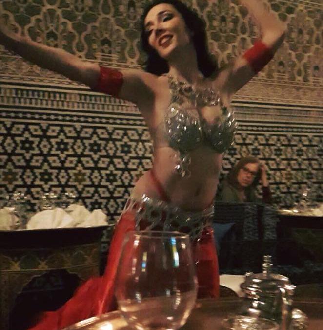 Cristina Samaniego en el Restaurante árabe Al-Mounia Madrid