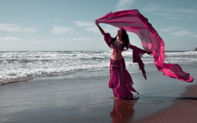 """""""La danza oriental beneficia a las mujeres embarazadas"""""""